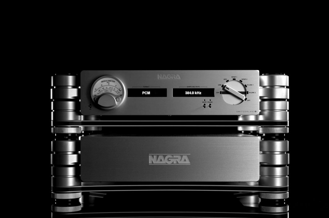 05_LGD-Nagra-Nagra-HD-DAC-X-Front-scaled-blackwhite
