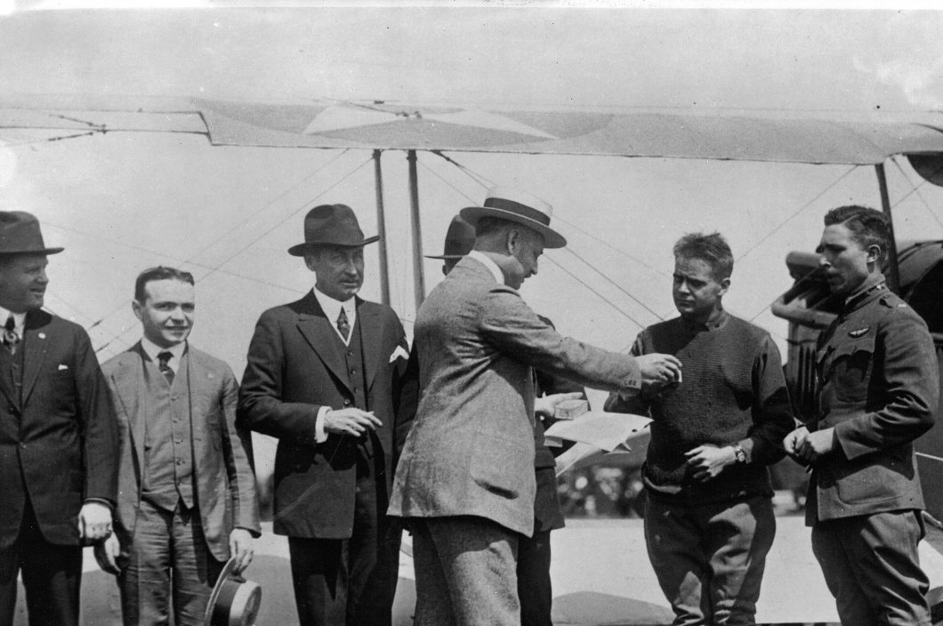 Picture 2 - Pilots receiving Hamilton watches - 15 May 1918
