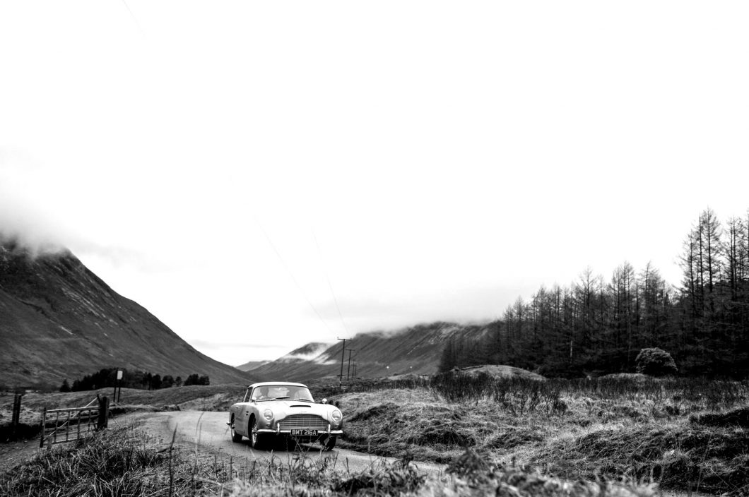 goldfinger-db5-contunation-4-jpg.-scaled-blackwhite